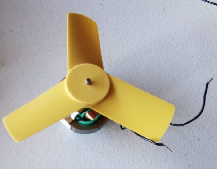 Fan with Motor for Offspring Incubator - Free Postage